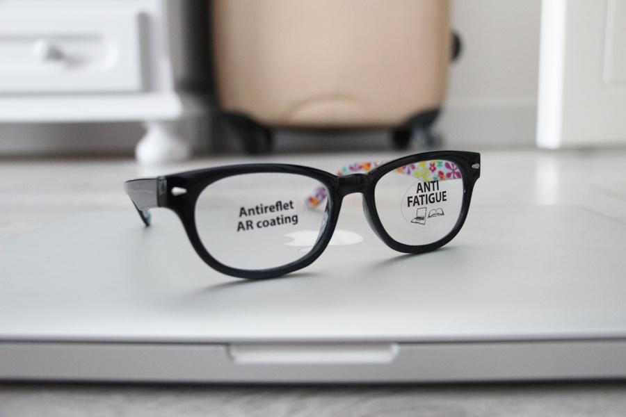 Yeux de biche avec lunettes ! (cadeau inside)