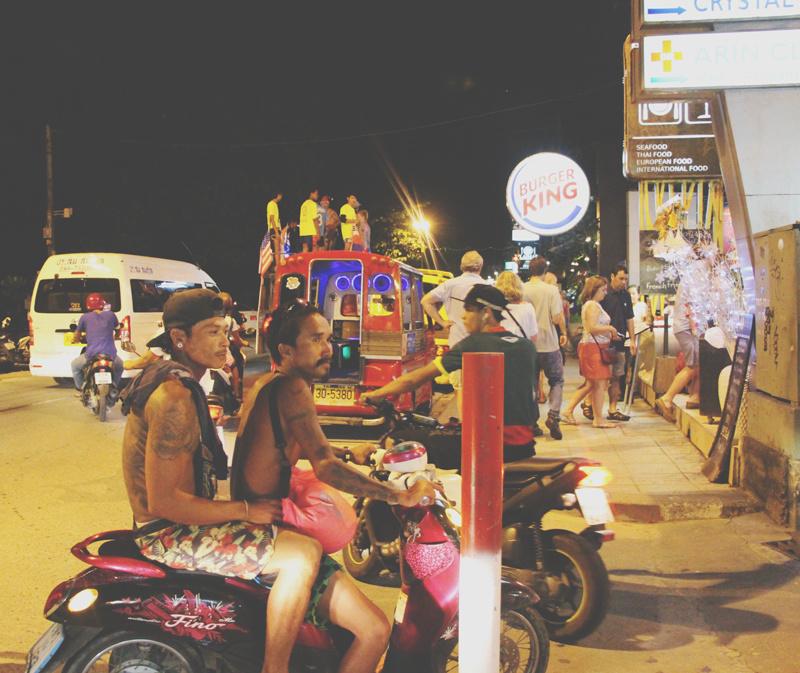 Direction Phuket ! OU PAS...