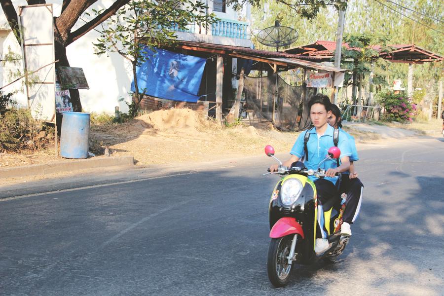 La Thaïlande... et ses scooters !
